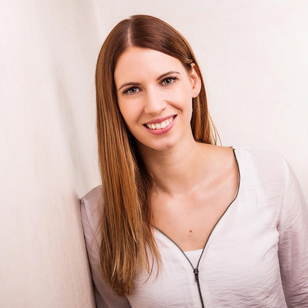 Anna-Lena Helmker